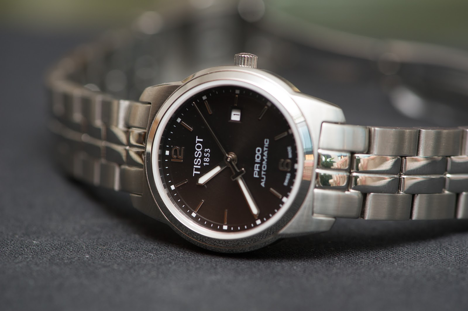 dong-ho-Tissot-1853-PR100-Automatic